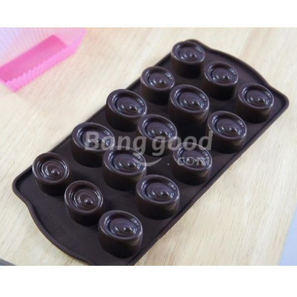FreeWorld Silicone 15 Cake Mould Fondant Chocolate Soap Mould(China (Mainland))