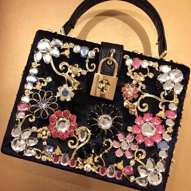 Роскошные модный дизайн для качественного бриллиант цвета замши PU женщин замок коробки сумка щитка сумка 4 цветов