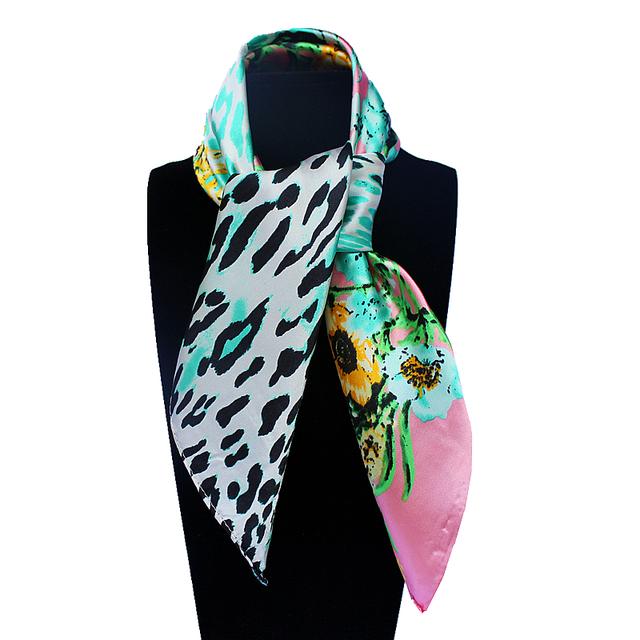 60 см * 60 см женщин 2016 новинка имитационные шелковый цветок и евро сексуальный леопарда печатных небольшой площади шарф горячая распродажа