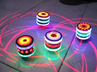 Luminous spinning top spinning top flash laser line spinning top colorful spinning top light-up toy