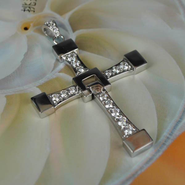 FAST and FURIOUS Vin Diesel Dominic Toretto's Cross Pendant Necklace - Titanium Steel costume jewellery(China (Mainland))