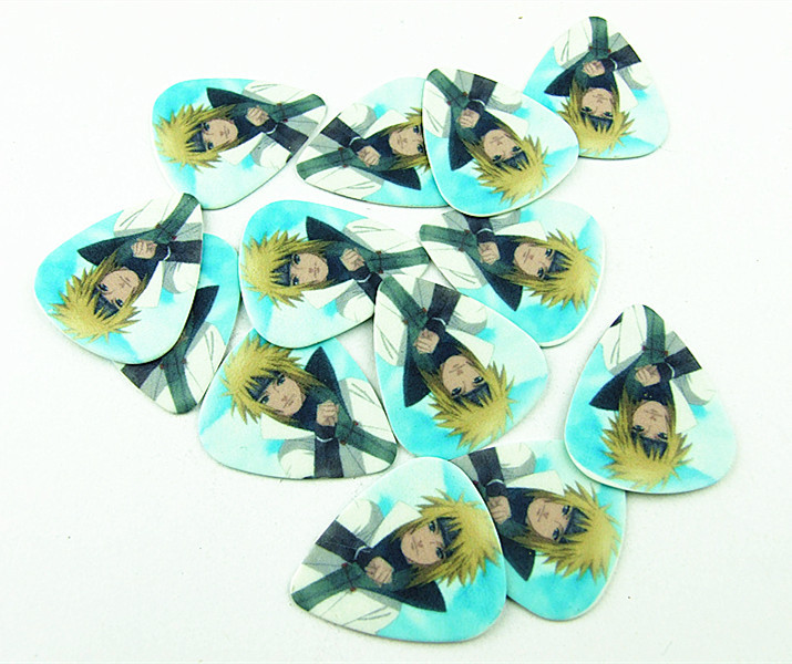 Free shipping! 50PCS 0.71mm Exquisite Cool nice Naruto design fashion Japanese anime guitar picks(China (Mainland))