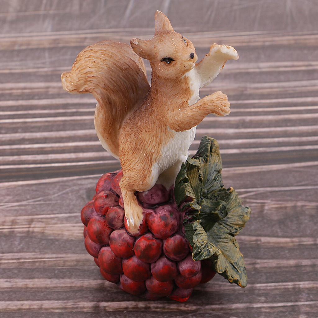Collectible Animal Action Figure Model Squirrel Miniatures Home Decoration Crabapple