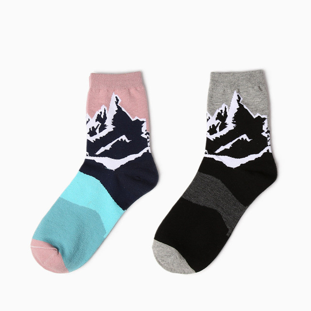 Yizi новинка нейтральный мультфильм носки творческих женщин и мужчин снежная гора иллюстрации носки ретро пара хлопчатобумажные носки