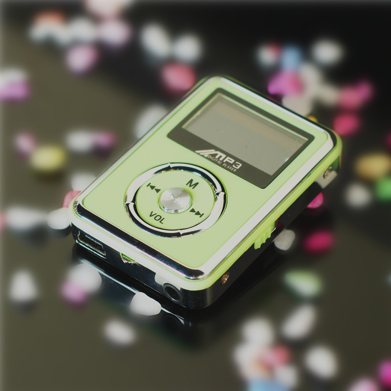 4GB Screen mp3 player mp3 minidisk running screen card music(China (Mainland))