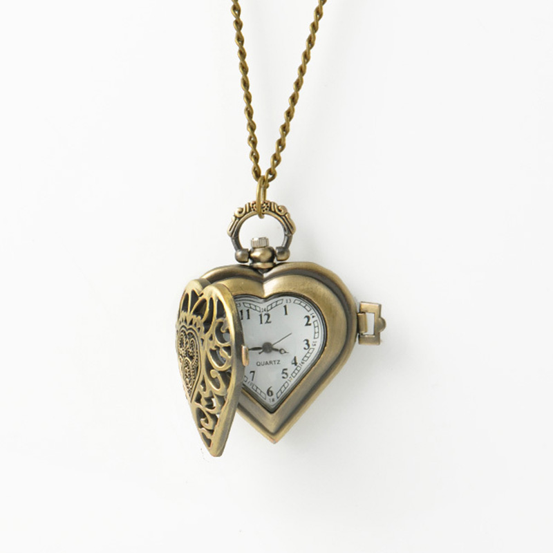 Fashion Vintage Hollow Out Heart Shape Pendant Pocket Watch Memorable Gift To Friend