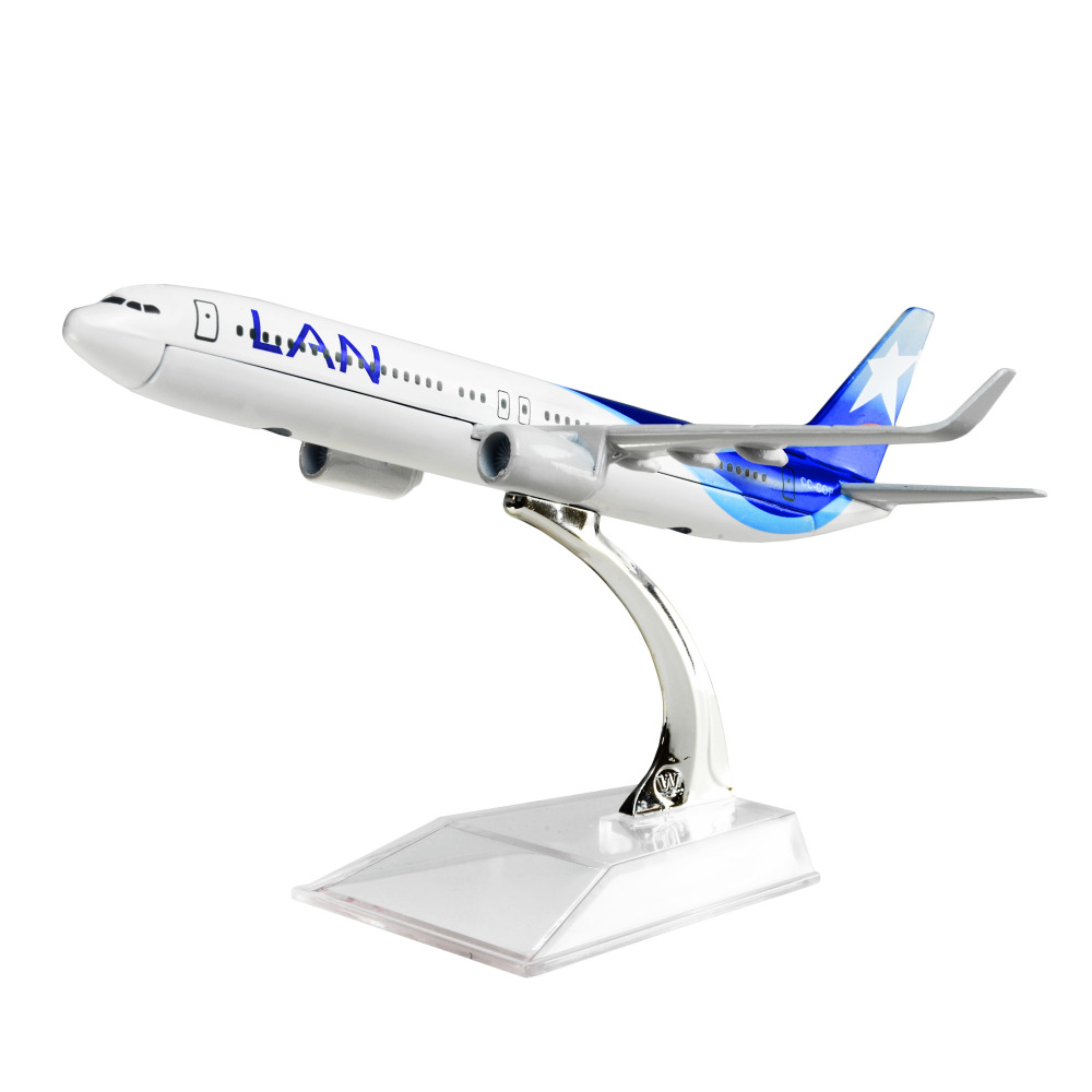 LAN Airlines Boeing 737 Chile 1:400 16cm Metal Alloy Model Plane Toy Airplane Birthday Gift Free Shipping(China (Mainland))