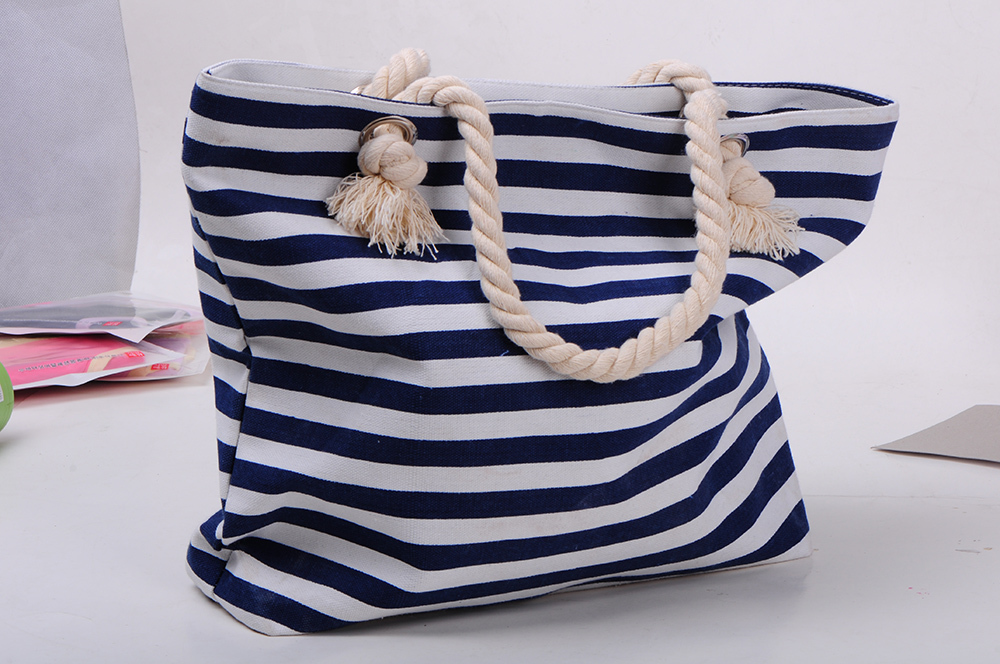 Beach/Shopping/Bag New Fashion Non-Woven Women Handbags Causal Recycle Foldable Shopping/Beach/shoulder Bags(China (Mainland))