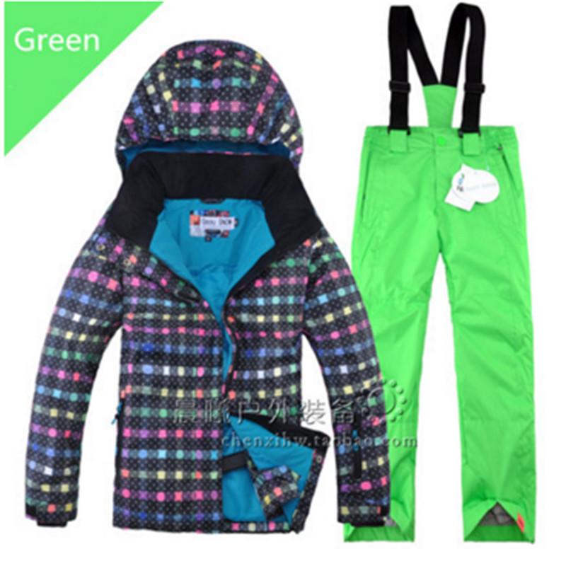 Waterproof Good Quality Children Ski Suit Outdoor Play Winter Clothing Set Ski Jacket + Pant for Kids Snowboarding Set on Sales(China (Mainland))