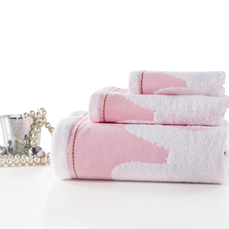 Bath Towels - Cheap bath towel sets to luxurious Egyptian cotton bath towels to fit the requirements of every hotel, spa and resort.