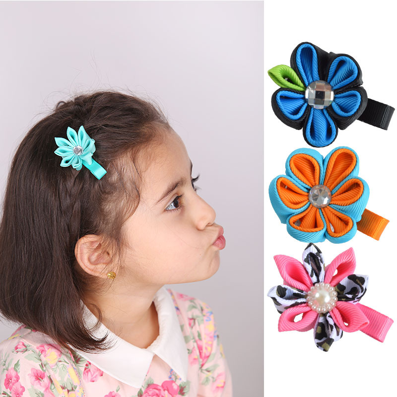 "Minimum order amount $10 2""hairbows Grosgrain Ribbon Bows with clip Girls flower hairpins Children Christmas hairclip MN43(China (Mainland))"