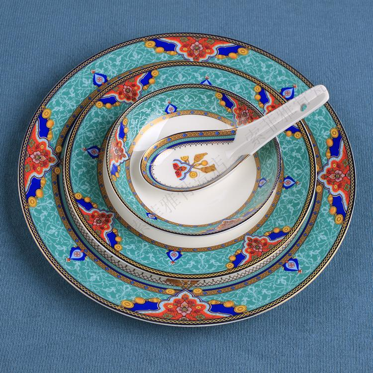 Fashion tableware embossed in tableware quality cutlery swing sets luxury chinese style tableware(China (Mainland))