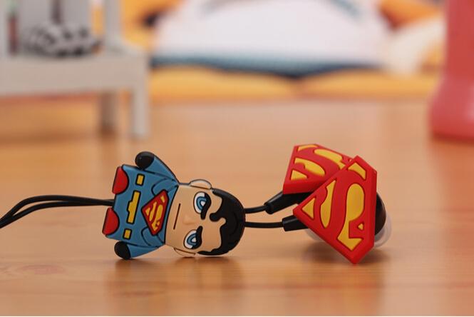 Гаджет  2015 New Cartoon Super man Cute Wired In-Ear Headset Earphone for Smart Phone.PSP.Computer MP3 MP4 MP5 None Бытовая электроника