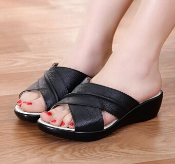 Summer Platforms &amp; Wedges 2015 Fresh Women Genuine Leather Shoes Comfortable Breathable Slippers Sandals For Women Shoes<br><br>Aliexpress