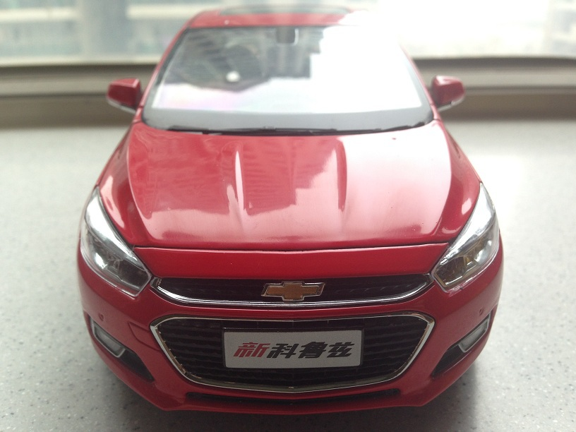 All New 1:18 Red Chevrolet Cruze Sedan 2015 Alloy Collectable Diecast Model Cars Slot Cars Hobby(China (Mainland))