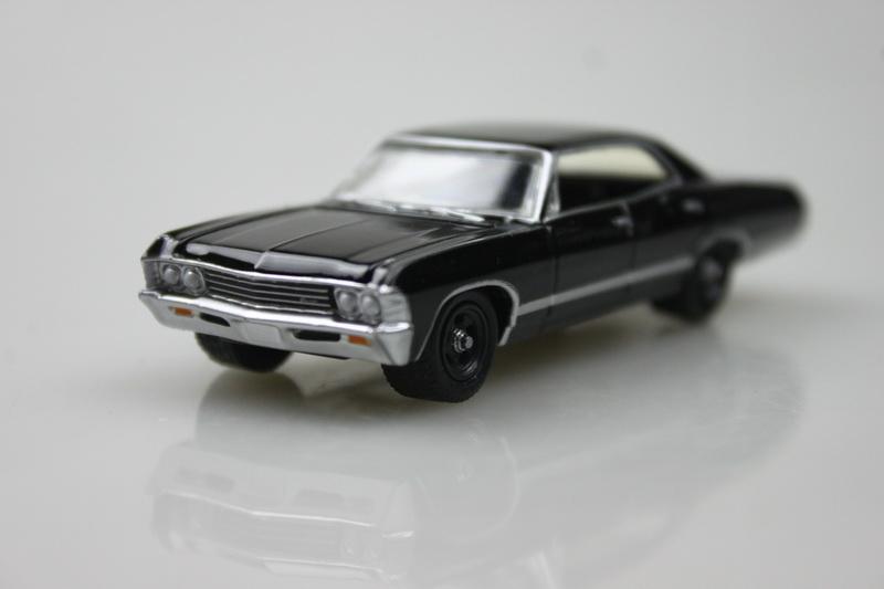 Muscle Car GreenLight 1/64 1967 Chevrolet Impala Sport Sedan alloy car models Metal chassis(China (Mainland))