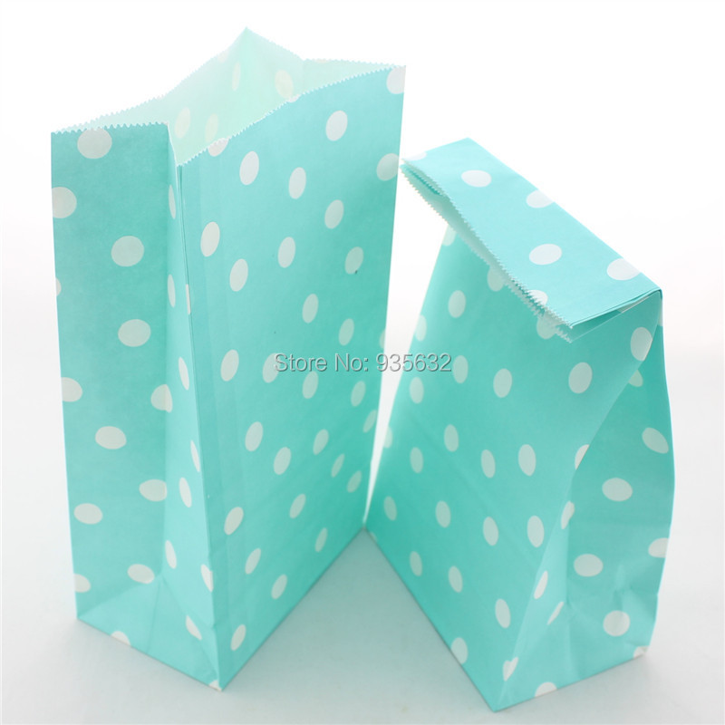 50pcs/lot Pretty Girl Blue Polka Dot Paper Bags for Party Wedding Graduation(China (Mainland))
