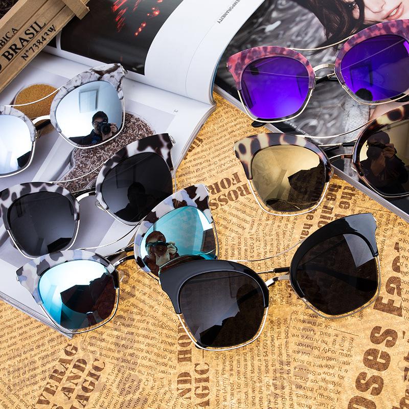 yywjt 141 South Korea explosion models V-shaped sunglasses tide product male Korean Fan Street beat reflective sunglasses female(China (Mainland))