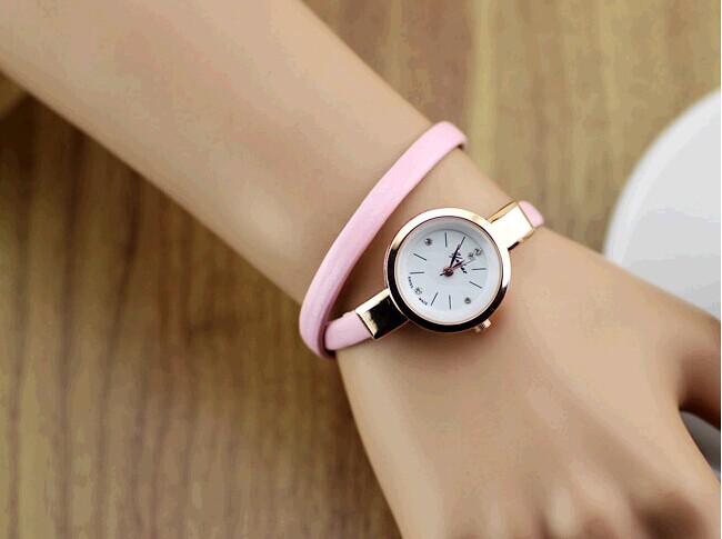 Цвет ремешка: Розовый