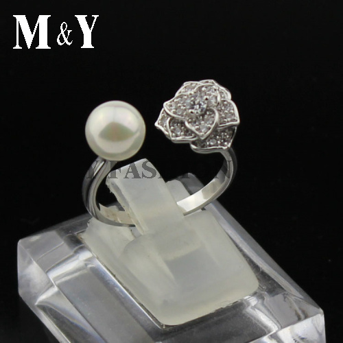 Hot sale plate platinum famale luxury elegant women single flower AAA CZ crystal and pearl wedding party girl ring(China (Mainland))