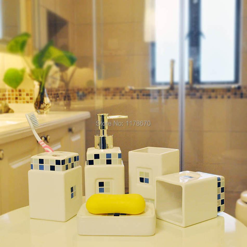 خمس قطع الفسيفساء الخزفية حمامات زجاجة محلول مجموعة أزياء أكواب السيراميك صحن الصابون حامل فرشاة الأسنان(China (Mainland))