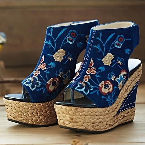 2016 summer National  trend womens embroidered shoes ultra high heels straw braid wedges  plus size fashion female sandals<br><br>Aliexpress