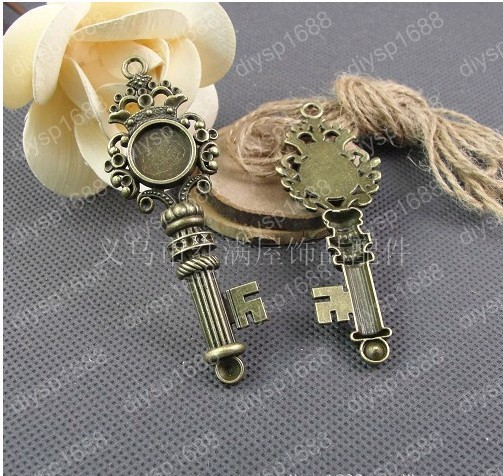 Wholesale DIY Vintage Style Antique Bronze Plated Alloy Big Key Cameo Setting 14*14mm Pendant Charms Accessories 20pcs A1235(China (Mainland))