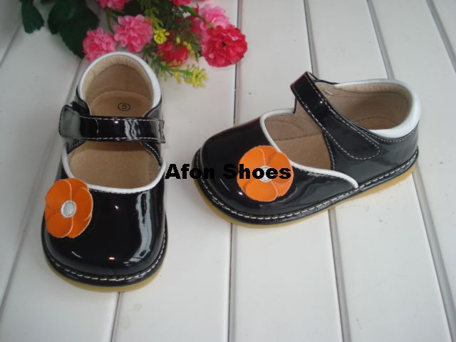 1-3Y Black Baby Toddler Squeaky Shoes with Orange Flower Free shipping(China (Mainland))