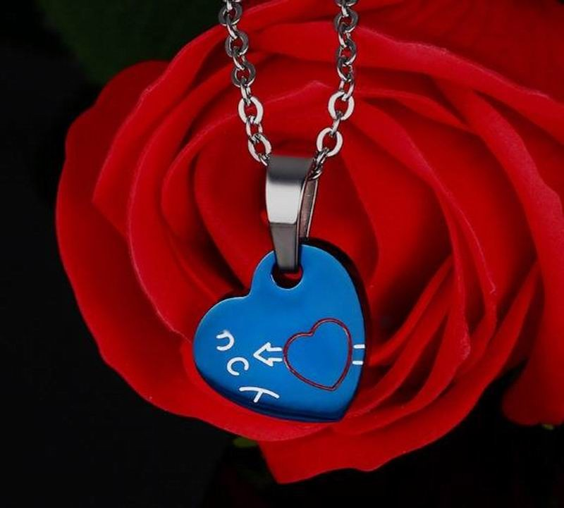 """I Miss You"" Hand Heart Pendant Necklaces for Lovers Couples"
