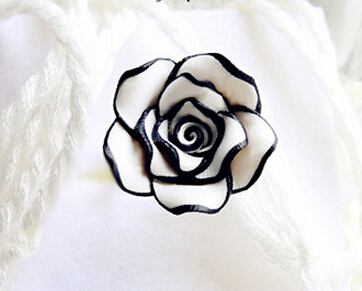 2015 1pc new korean charm womens fashion jewelry silver plated elegant sweet black white rose metal finger Joint rings anel(China (Mainland))