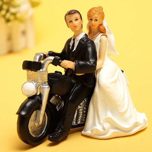 Cheap wedding cake toppers bride bridegroom figurine cake topper