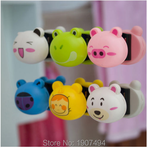 1 x Lovely Toothbrush Holder Suction Cup Cartoon Animal Head stand Cute Mount(China (Mainland))