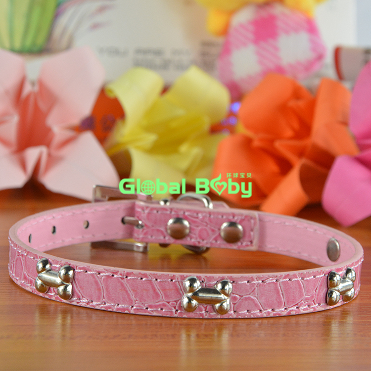 (100 Pieces/lot) Free Shipping New Arrival Gator PU Leather Pet Dog Bone Collar Pet Product Supplier(China (Mainland))