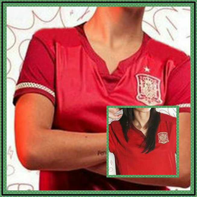 New Best Spain Womens Football World Cup Jersey 2015 Torres Ramos Isco Silva Red Diego Costa Soccer Jersey Shirt(China (Mainland))