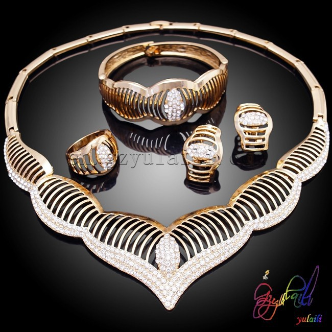 Free Shipping Most hot selling crystal dubai gold jewelry set for wedding dress paypal accept latest design african jewelry set(China (Mainland))