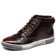 2015 nouveau mode hommes en cuir chaussures imperméables hommes bottes d'hiver confortable bottines de la qualité des bottes Bullock rétro hommes appartements(China (Mainland))