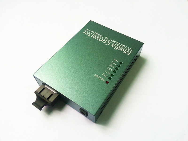 1 pair 4 Channel Single-mode double fiber media converter optical transceiver 4 RJ-45 Ethernet ports 1 SC 10/100M Network Modem(China (Mainland))