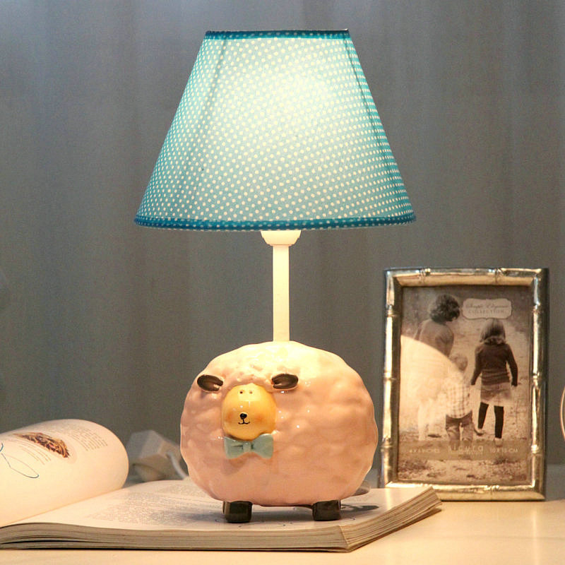 fashion children 39 s room a small lamp table lamp bedroom bedside lamp