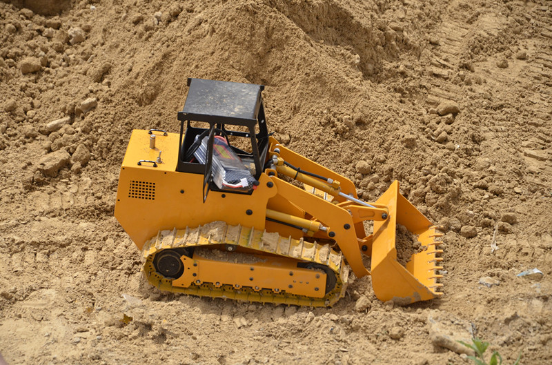 1/12 hydraulic RC Loader Empty Version(China (Mainland))