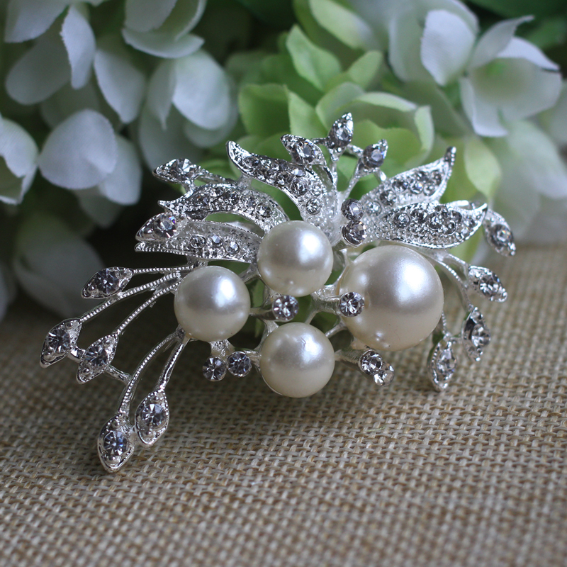 Fashion flower brooch Can be used for wedding dress with flowers Clip Scarf Buckle Hijab Pins Broches 15004(China (Mainland))