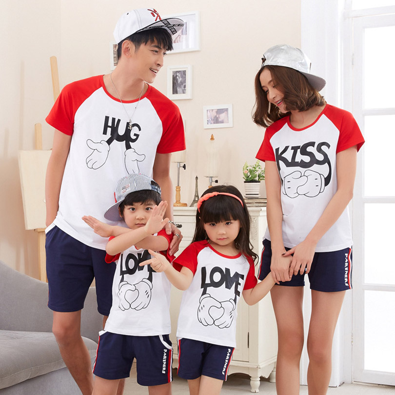 New Summer Matching Mother Daughter Clothes For Family Look 2016 Cotton Family Matching t Shirt Sets Father And Son Suits(China (Mainland))