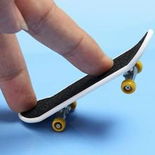 2PCS High Quality Cute Party Favor Kids children Mini Finger Board Fingerboard Skate Boarding Toys Gift Free shipping(China (Mainland))