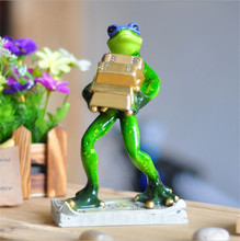2016 Novelty Funny Robbery Frog Ornaments Creative Miniaturas Animals Figurines Exquisite Home Decoration Accessories