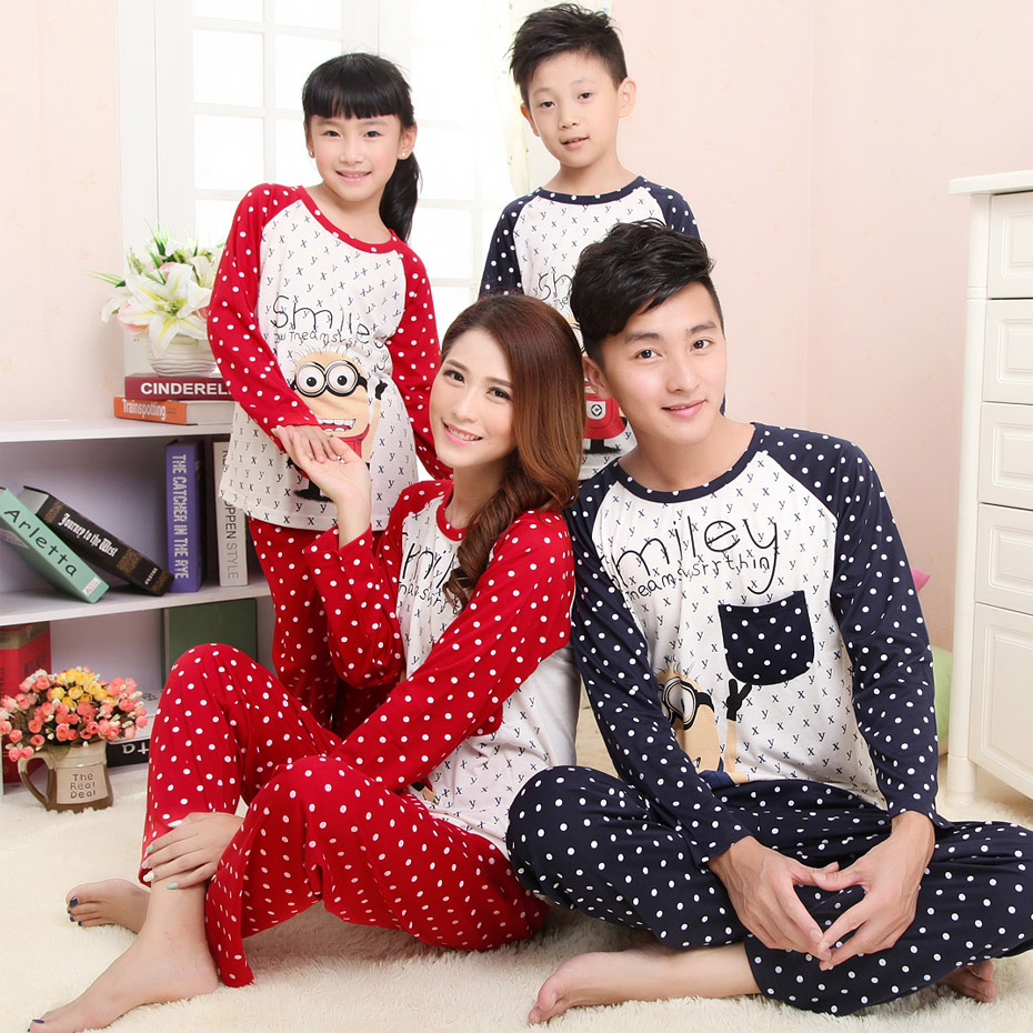 Hot sale paternity suit autumn and winter cotton pajamas cartoon / family suite / spring and autumn couples suite tracksuit(China (Mainland))