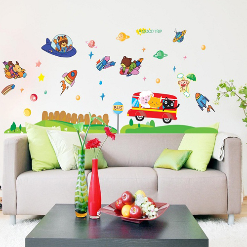 Cute children 39 s room nursery school space travel wallpaper for Art room decoration school