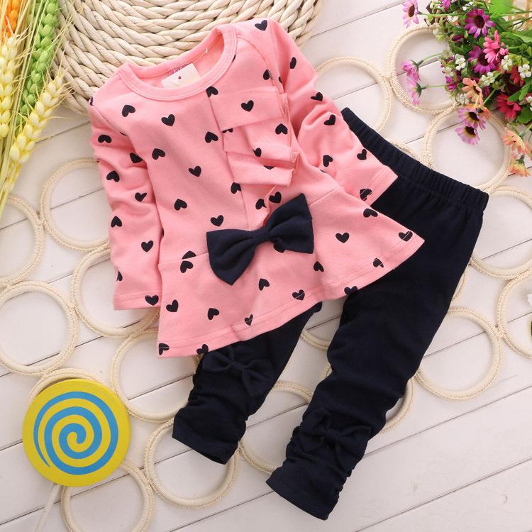 Heart-shaped Print Bow Cute 2PCS Cloth Set Children Cloth Suit Baby Girl Clothing Set Top T shirt + Pants High quality(China (Mainland))