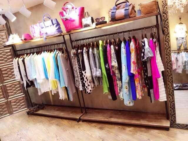 Le Shop Clothing Store