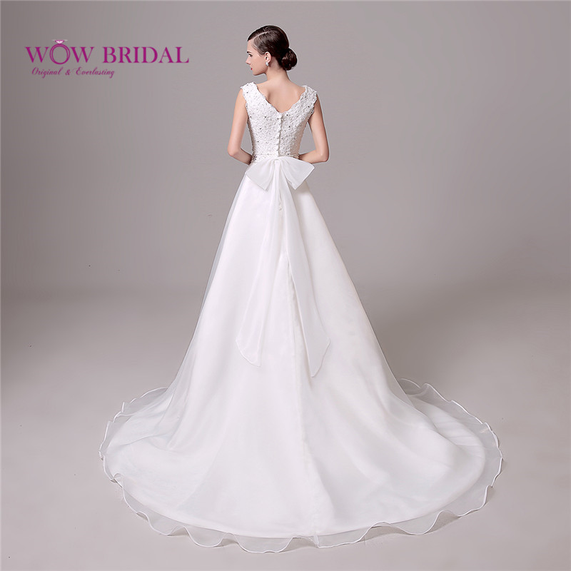 Wowbridal Graceful White Lace Wedding Dress with Sash 2016 Lace Up Open Back Sequin Beaded Satin Court Train Bridal Gown(China (Mainland))