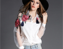 2015 new Autumn long sleeve shirt women fashion Turn-down collar hollow out embroidery women floral blouse(China (Mainland))