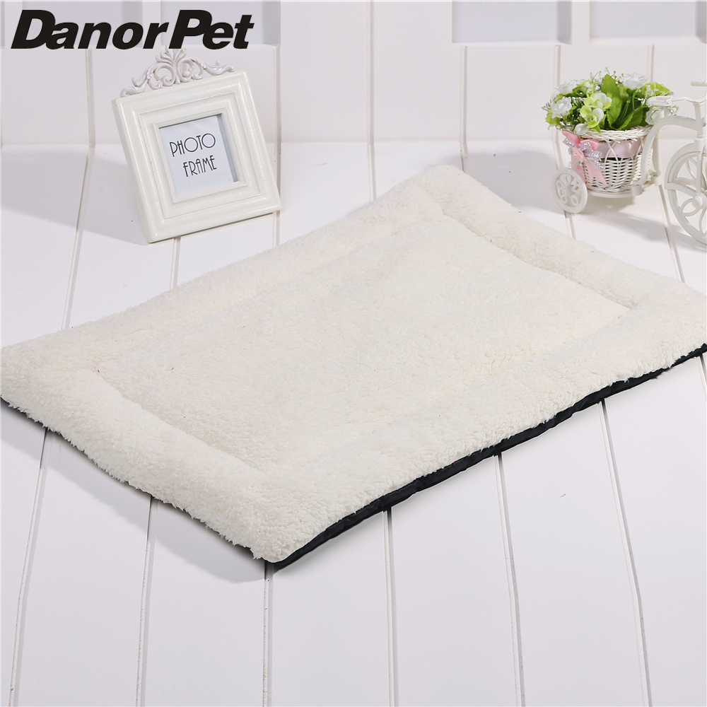 Simple Pet Dog Cat Puppy Mat Pad Soft Cotton White Blanket Pet Animal Dog Bed Cushion Nest House Car Seat Cover Product Supplies(China (Mainland))